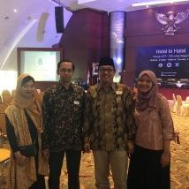 Yolla Indria (TF98), Ariya Hidayat (TF94), Nugroho Wibisono (TF98) dan istri